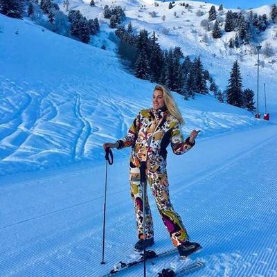 Яна Клочкова отдыхает на горнолыжном курорте «Куршевель» во французских Альпах