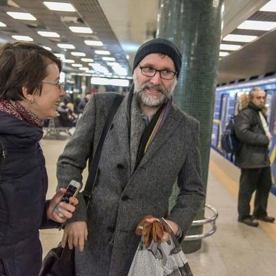В киевском метро заметили известного британского композитора