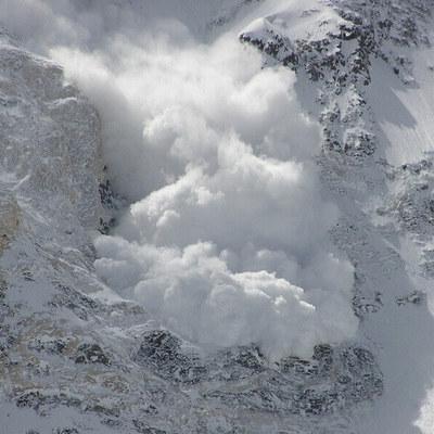 Последний день января несет сильный ветер и риск лавин