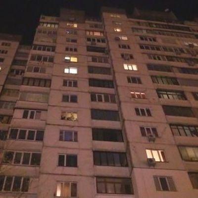 В Авдеевке пенсионер покончил с собой, выпрыгнув с балкона