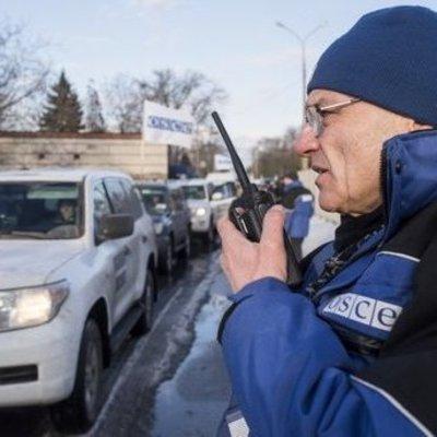 Наблюдателей ОБСЕ на Донбассе обстреляли боевики