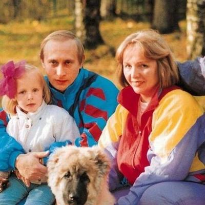 Известно о тяжелой судьбе путинских дочерей