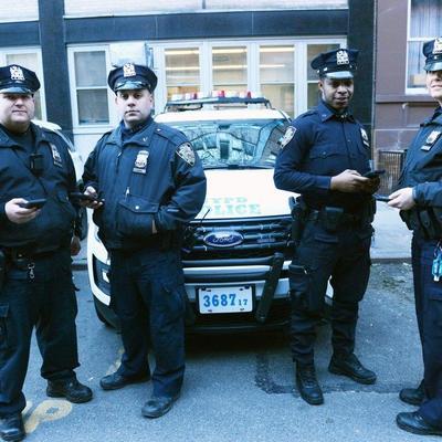 Полицейские Нью-Йорка перешли на iPhone с Windows Phone