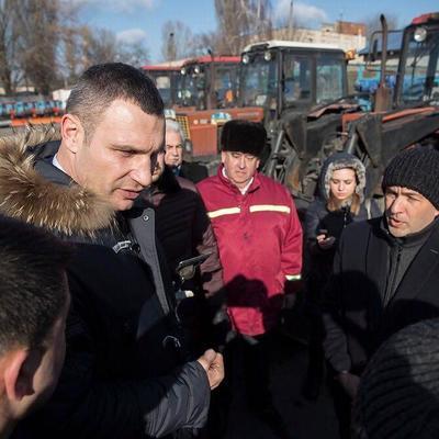 Кличко: Мы закупаем современную коммунальную технику, чтобы обеспечивать надлежащую жизнедеятельность Киева