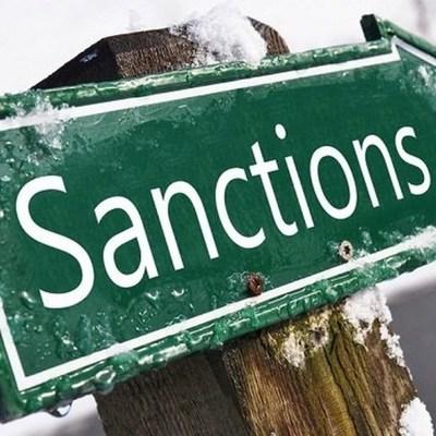 России не стоит ждать смягчения санкций ЕС — Bloomberg