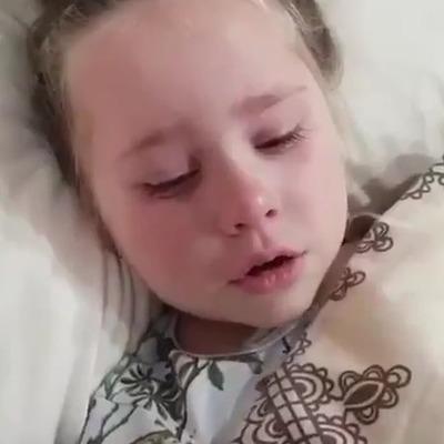 Маразм крепчает: девочка разрыдалась из-за «доброго» Путина