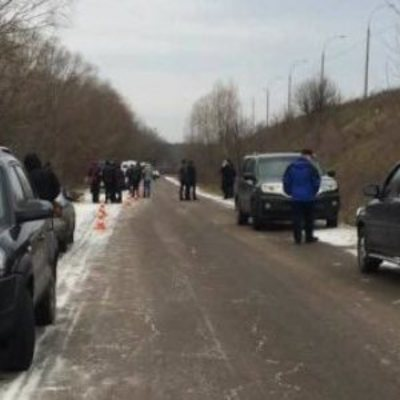 Под Киевом на обочине нашли тело мужчины