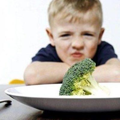 Ученые рассказали, чем опасна невкусная еда