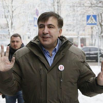 В Киеве возле ресторана задержали Михеила Саакашвили (видео)
