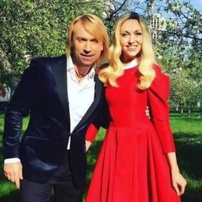 Полякова и Винник украсили обложку журнала