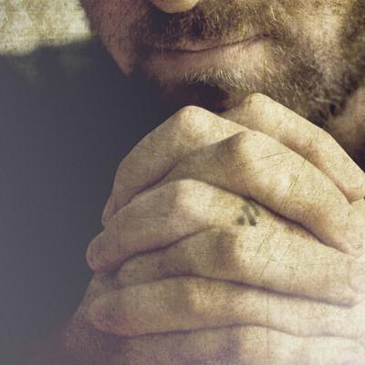 Покайся и оплати счета: киевлянам с платёжками рассылают «молитву грешника»