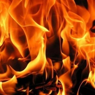 Жестокое убийство: мужчину подожгли и забросали шинами