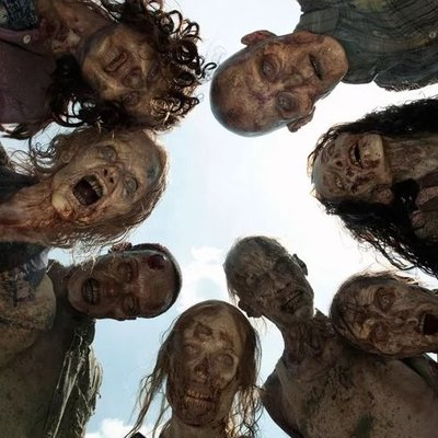 В сериале «Ходячие мертвецы» впервые будет показан полностью обнаженный зомби