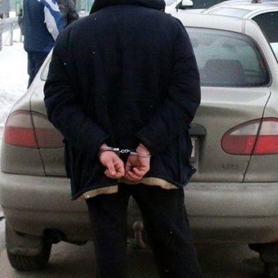 На Киевщине мужчина с гранатой ограбил собственную жену
