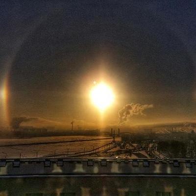 В небе над Петербургом взошли три солнца (фото)