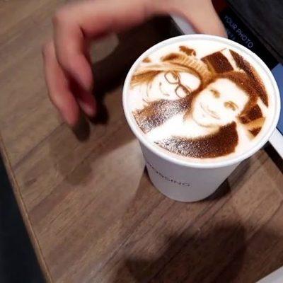 Во Львове открылась кофейня, где печатают селфи на кофе