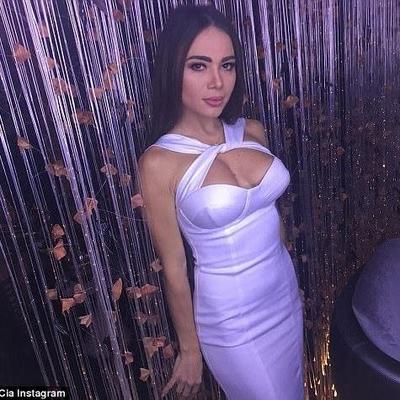 В Молдове муж зарезал звезду Playboy, а затем покончил с собой