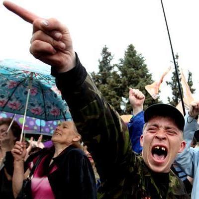 Массовое побоище в Донецке: пьяные новоросы решали, чья республика главнее