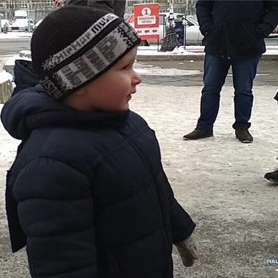 В Киеве 4-летний мальчик сбежал от «нудной» бабушки (видео)