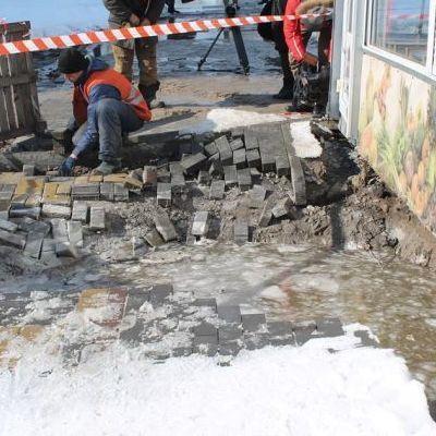 В Киеве одну из улиц затопило