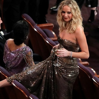 Дженнифер Лоуренс отличилась странным поведением на «Оскаре» (фото)
