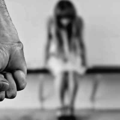 В Киеве «работодатель» во время собеседования изнасиловал женщину