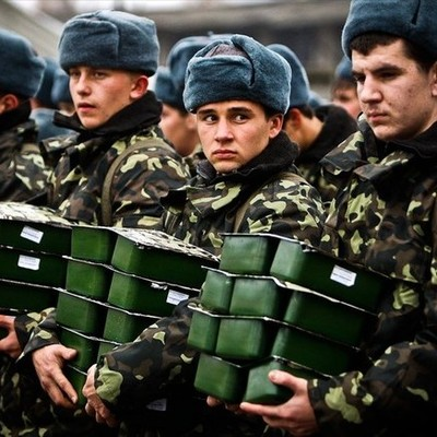 Кабинет министров разрешил поднимать оклады военным, если вырастет прожиточный минимум