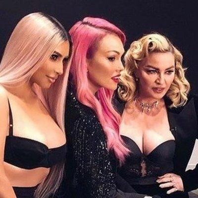 Мадонна и Ким Кардашьян померились декольте