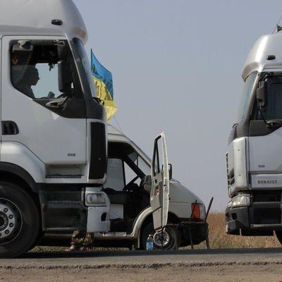 На Львовщине женщина погибла от удара колесом, которое оторвалось у грузовика во время движения (видео)