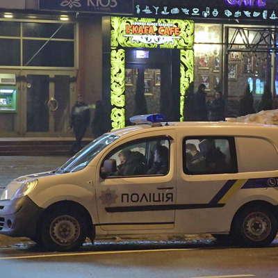 В киевском ресторане из-за девушки подрались 14 ребят