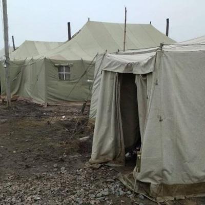 На военном полигоне произошел пожар: погиб военный, семеро пострадали