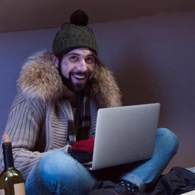 Бездомный благодаря смартфону получил работу и деньги