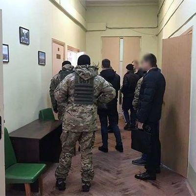 В Харьковском горсовете проводят обыски