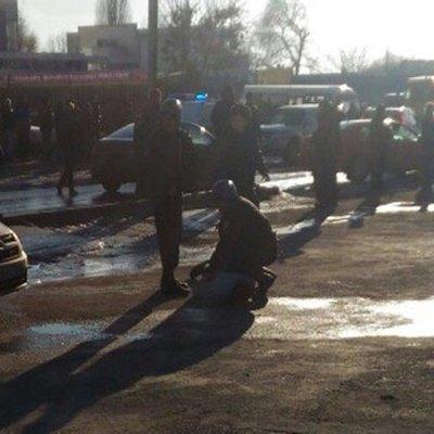 У одного из ТЦ Одессы нашли мужчину с ножом в сердце (видео)