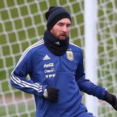 Месси не досмотрел избиение сборной Аргентины и досрочно покинул трибуны