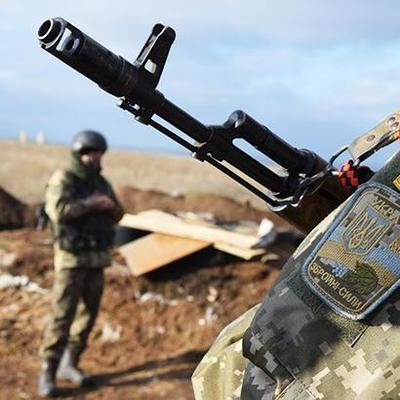 Боевики за сутки 54 раза обстреляли позиции ВСУ на Донбассе