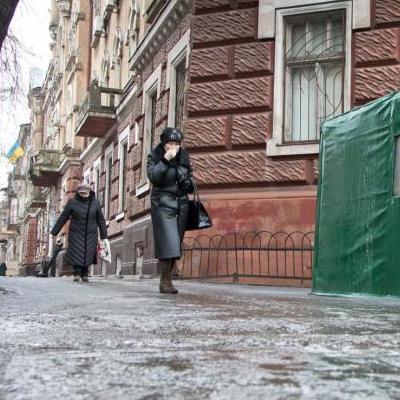 В Киеве предупреждают о гололедице на дорогах
