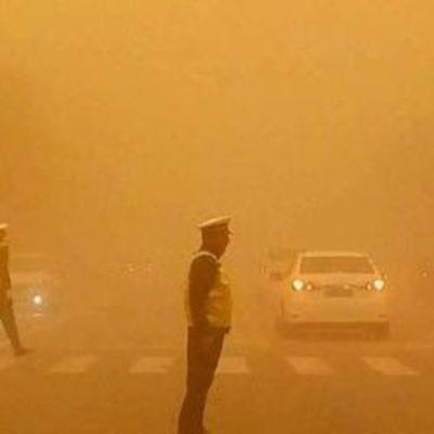 Египет накрыли мощные песчаные бури (видео)