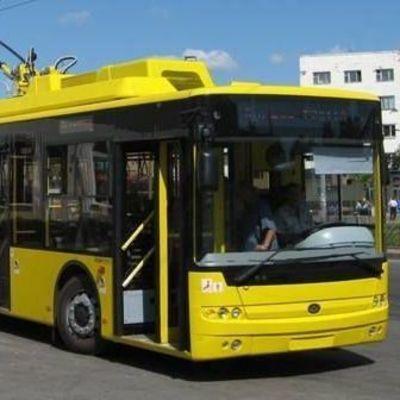 В Киеве из-за неполадок в сети остановились троллейбусы