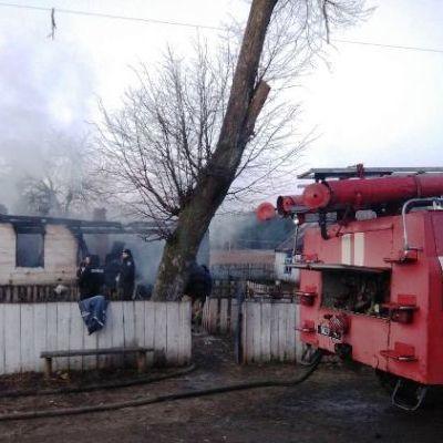 Двое маленьких детей сгорели заживо в собственном доме на Житомирщине