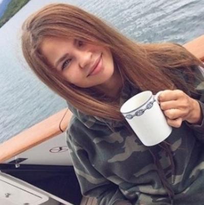 Скандальную модель Настю Рыбку обвинили в проституции