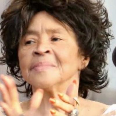 В Чикаго скончалась вокалистка группы The Staple Singers