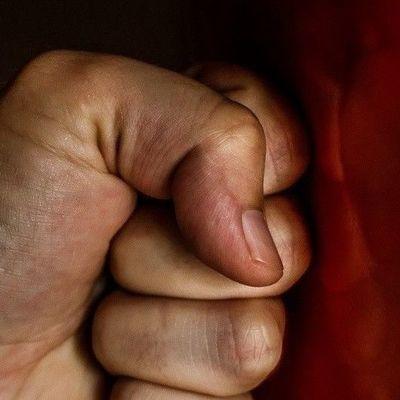 В Луцке пьяный мужчина забил мать до смерти