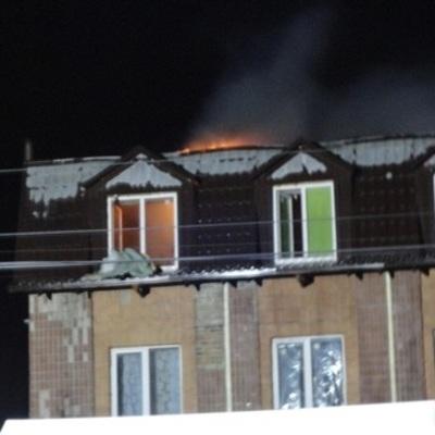 На Киевщине горело четырехэтажное общежитие