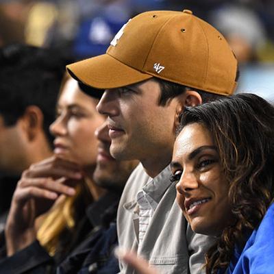 Мила Кунис и Эштон Катчер замечены на бейсбольном матче в Лос-Анджелесе