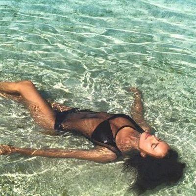 Ирина Шейк показала красочные кадры с отпуска