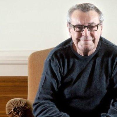 Умер режиссер фильма «Пролетая над гнездом кукушки»