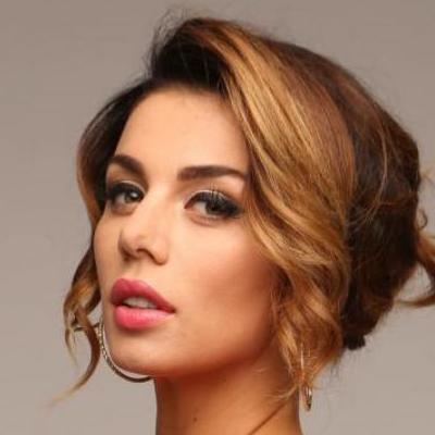 Седокова танцевала без бюстгальтера под свой новый хит