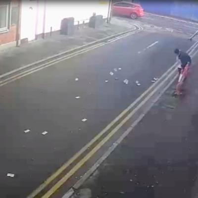 В Британии горе-грабителю помешал сильный ветер