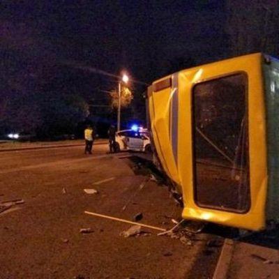 Смертельное ДТП: во Львове Lexus протаранил маршрутку